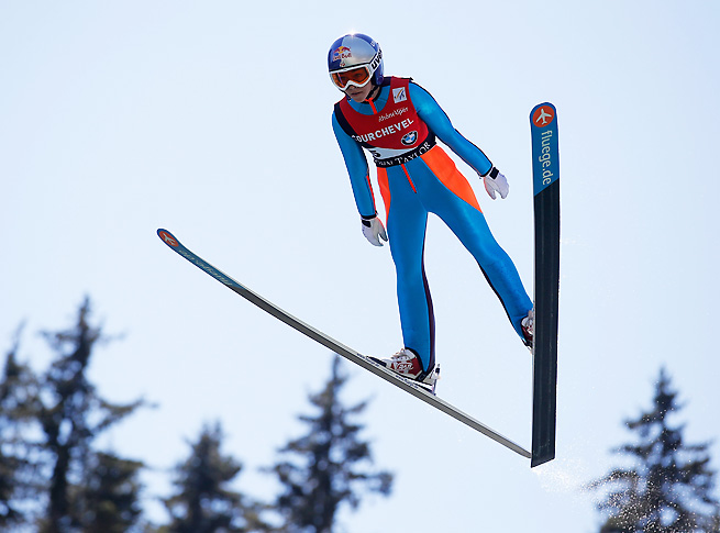 Sarah Hendrickson is trying to recover from major knee surgery so she can compete in Sochi.