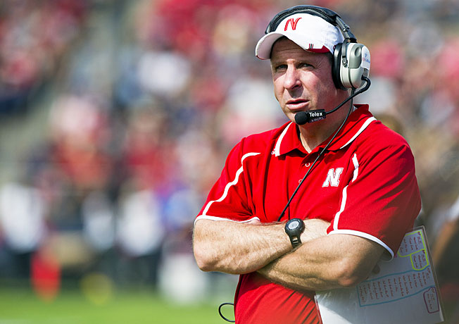 Nebraska coach Bo Pelini was criticized again following the Cornhuskers' loss to Minnesota on Saturday.