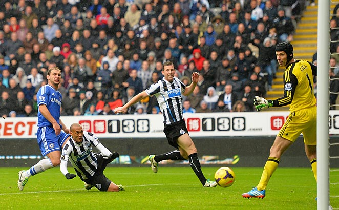 Yoan Gouffran scored Newcastle's first goal on a header as his team defeated Chelsea 2-0.
