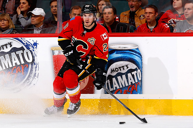 Curtis Glencross injured his medial collateral ligament Tuesday in a loss at Minnesota.