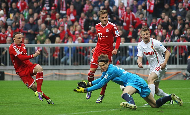 Franck Ribery scored Bayern's second goal in a 3-0 win over Augsburg on Saturday.