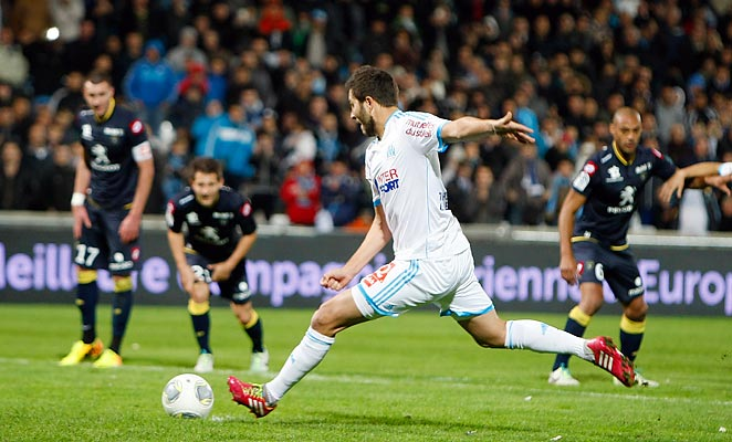 Andre-Pierre Gignac scored the winning goal on a penalty kick as Marseille topped Sochaux.