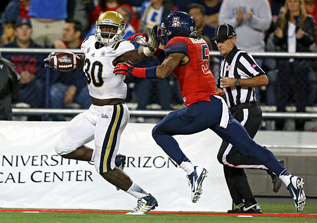 UCLA linebacker Myles Jack (30) showed his versatility by rushing for 120 yards in a win over Arizona.