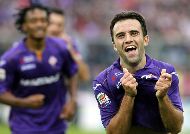 New Jersey-born Fiorentina striker Giuseppe Rossi is likely to miss Italy's friendly against Germany because of tonsillitis.
