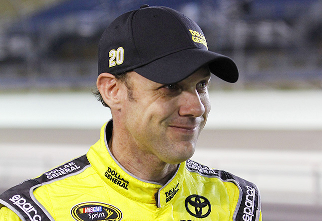 Kenseth won the pole at Homestead a week after finishing 23rd out of 28 drivers in Phoenix.