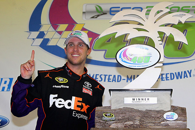 Despite a disappointing year overall, Hamlin was able to hold off Matt Kenseth and Dale Earnhardt Jr. to win the finale and extend his streak.
