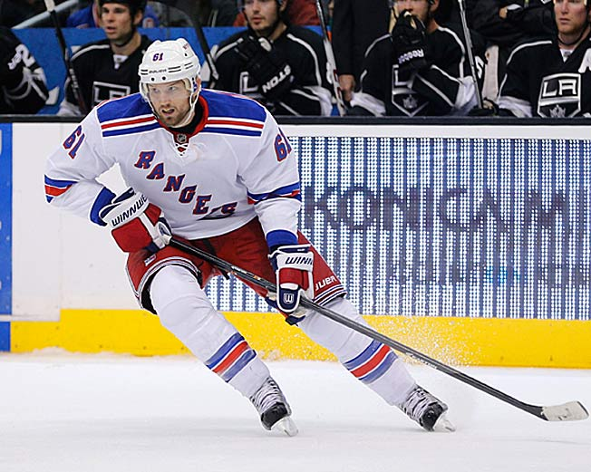 After missing 17 games with a concussion, Rick Nash will be eased back into the Rangers' lineup.