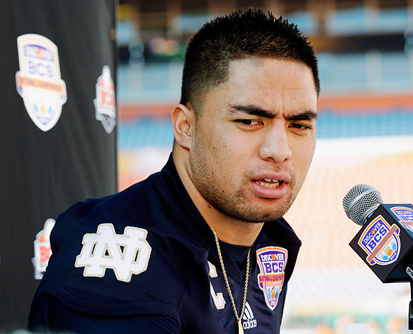It was a heart-wrenching story for the ages: Notre Dame linebacker (and Heisman candidate) Te'o lost both his grandmother and his girlfriend, Stanford student Lennay Kekua, on the same day. The Hawaii native didn't miss a down a mere four days after his devastating losses, tallying 12 tackles as he led the Fighting Irish to a surprise 20-3 upset over Michigan State. Te'o's season-long bravery inspired teammates, coaches, and fans alike. The catch? Kekua never actually existed. She was created by Ronaiah Tuiasosopo, an acquaintance of Te'o's who later admitted to Dr. Phil that he had fallen in love with the linebacker and used the Kekua identity as some form of wish fulfillment.
