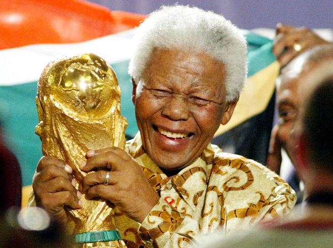 The late Nelson Mandela will be honored with applause before every match in the upcoming FIFA Club World Cup in Morocco.