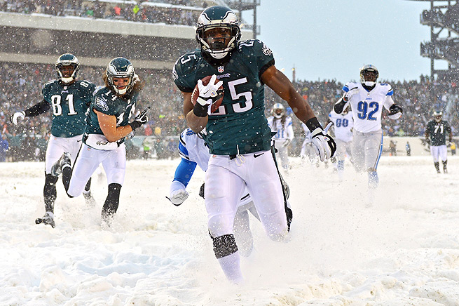 LeSean McCoy tore up the Lions in the snow, so expect a big game in the comfort of the Metrodome.