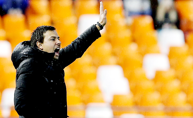 Interim coach Nico Estevez's debut was hardly convincing, but Valencia escaped with the needed result.