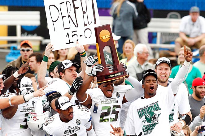 The Bearcats (15-0) won their fourth national title to match Grand Valley State for second-most behind North Dakota State's five.