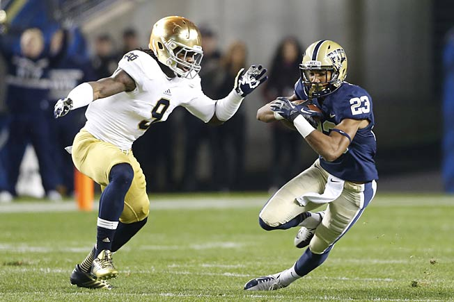 Speed, size and versatility have made Jaylon Smith (9) an emerging force in Notre Dame's defense.