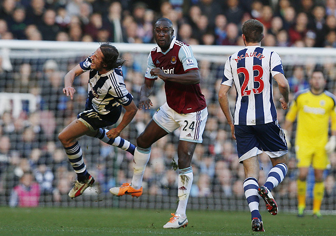 Carlton Cole (center) and West Ham could not get the better of West Brom at home.