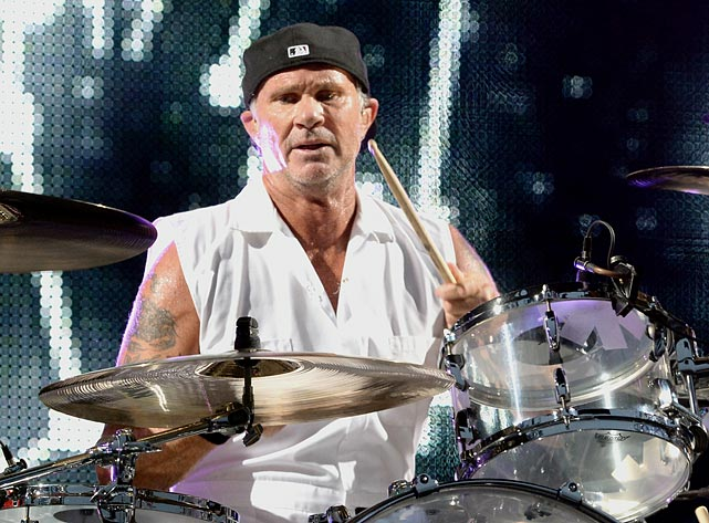 Red Hot Chili Peppers drummer Chad Smith received death threats from fans of the Brazilian soccer club Flamengo after he shoved a team jersey down his pants on stage.