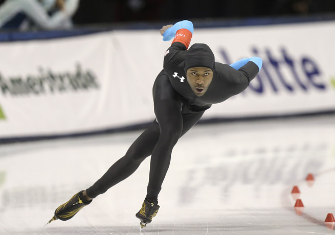 Shani Davis spearheads a strong U.S. long-track speedskating team that will compete in the Sochi Olympics.