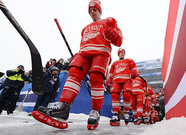 Daniel Alfredsson, Joakim Andersson and the Detroit Red Wings bravely marched to defeat at the frozen hands of the Toronto Maple Leafs in a snowy epic at Michigan Stadium on New Year's Day.