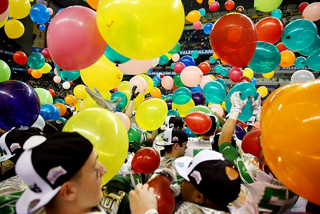 The Oregon Ducks were rewarded with a balloon payment after goring the Texas Longhorns 30-7 in San Antonio.