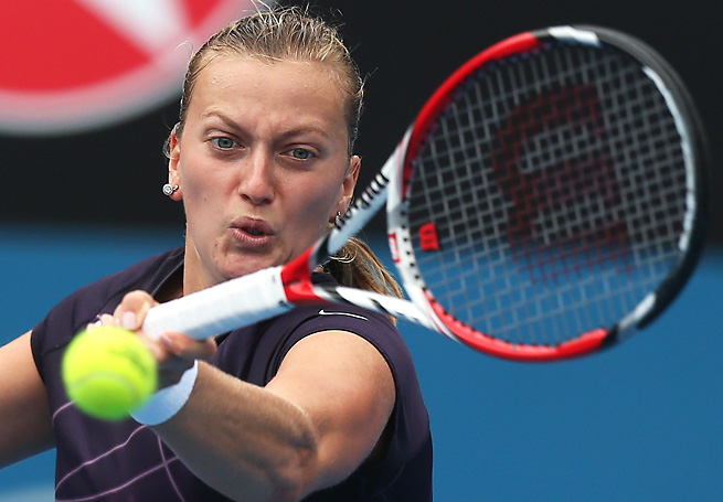 Petra Kvitova overcame a tough first set to advance to the Sydney International semifinals.