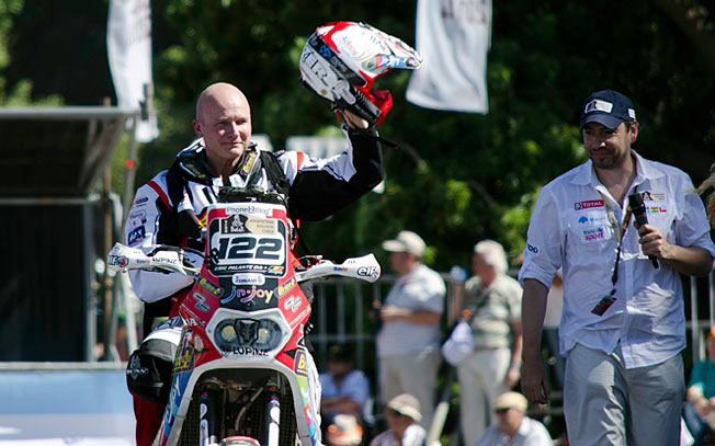 Eric Palante was riding in his 11th Dakar Rally when he died under mysterious circumstances.