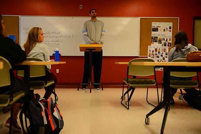 Tanveer, an undeclared major, scored a perfect 4.0 grade point average in his first semester at NMSU. During this English class presentation, he gave a three-minute speech about the pitfalls of student grade retention.