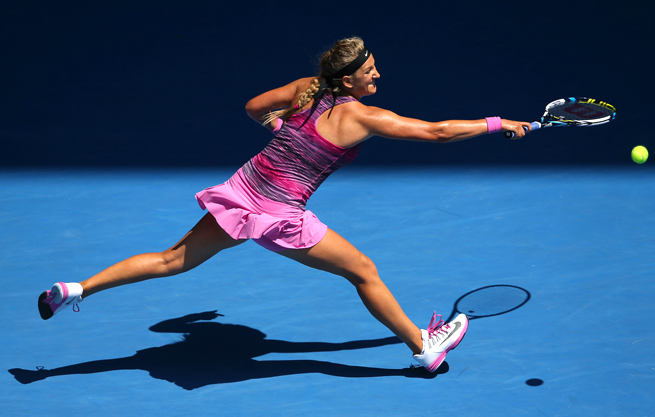 In a rematch of the 2013 semifinals, Victoria Azarenka took down Sloane Stephens 6-3, 6-2.