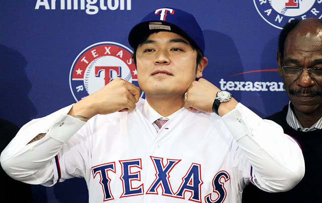 Free agent outfielder Shin-Soo Choo has agreed to a seven-year, $130 million deal with the Texas Rangers. The former Cincinnati Reds outfielder had a slash line of .285/.423/.462 with 21 home runs and 20 stolen bases in 2013. Choo also walked 121 times last season and is considered a plus defender. Texas' contract offer to Choo is $10 million less than what the New York Yankees reportedly offered him earlier this offseason: a seven-year, $140 million deal his agent Scott Boras declined.