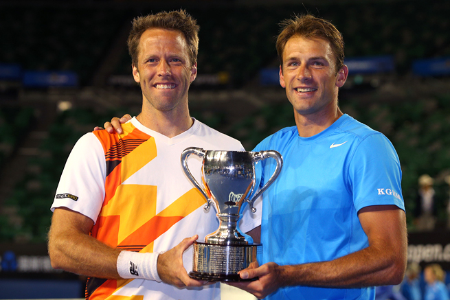 Lukasz Kubot and Robert Lindstedt only needed an hour and five minutes to beat Eric Butorac and Raven Klaase.