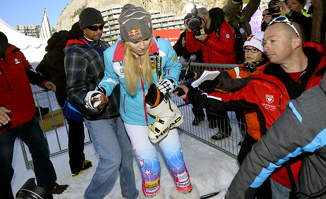 Lindsey Vonn's hopes to recover in time for the Sochi Olympics ended when her knee bucked on Dec. 21.
