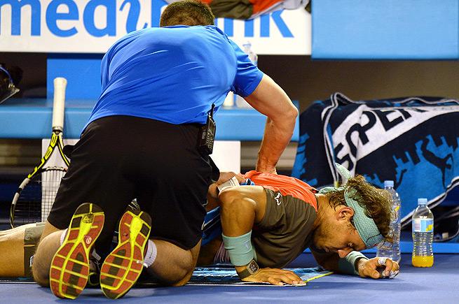Rafael Nadal struggled with back pain in the Australian Open finals against Stanislas Wawrinka.