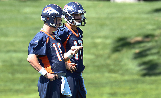 His on-field reps limited, Brock Osweiler (17) has still learned to prepare like Peyton Manning.