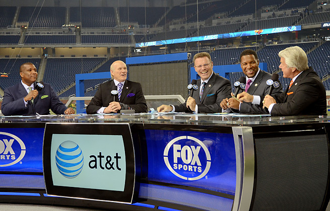 Fox's pregame crew will split Super Bowl Sunday between New York City and MetLife Stadium.