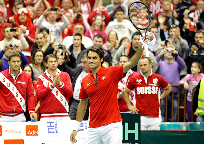 Roger Federer defeated ilija Bozoljac in Switzerland's first-round Davis Cup tie against Serbia.