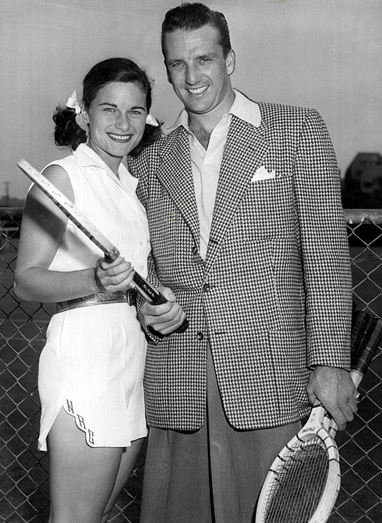 Ralph Kiner and his bride, tennis star Nancy Chaffee pose in Palm Springs, Calif., circa 1951.
