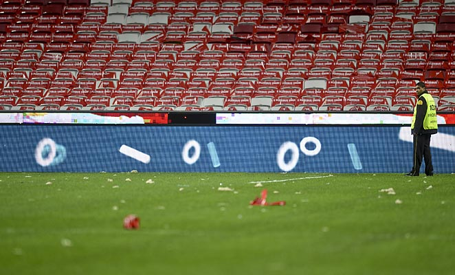 Heavy winds blew off the roof of the stadium that will host the Champions League final before a match.