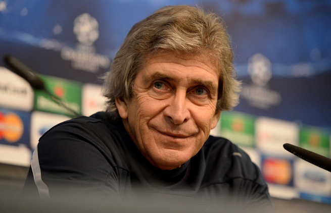 Manager Manuel Pellegrini guides Manchester City against Barcelona in the Champions League round of 16.