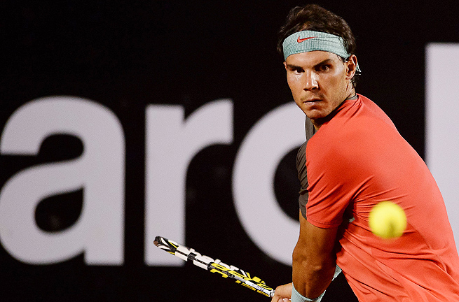 The No. 1-ranked Rafael Nadal tweaked his back warming up for the Australian Open final.