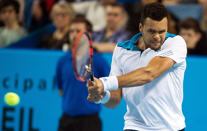 Jo-Wilfred Tsonga defeated Germany's Jan-Lennard Struff to advance to the Open 13 final.