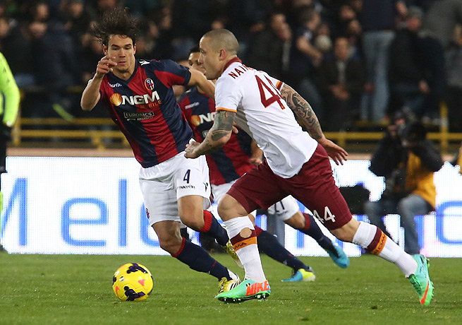 Radja Nainggolan (44) netted the only goal in Roma's victory over relegation-threatened Bologna.