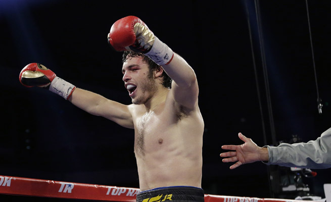 Julio Cesar Chavez Jr. rebounded from what might be the worst outing of his career to unanimously outpoint Brian Vera in a rematch.