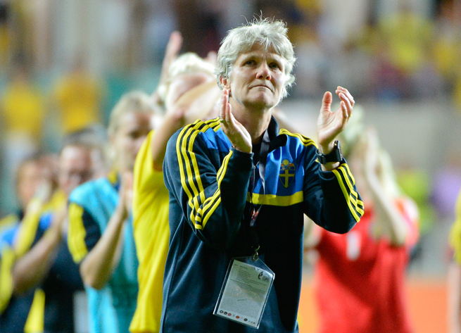 Former U.S. women's national team manager Pia Sundhage guided Sweden to a win over the Americans in the Algarve Cup, ending their 43-game unbeaten streak.