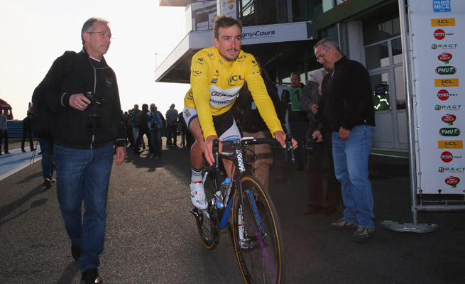 Germany's John Degenkolb of Team Giant-Shimano claimed the leader's yellow jersey after a Stage 3 win.