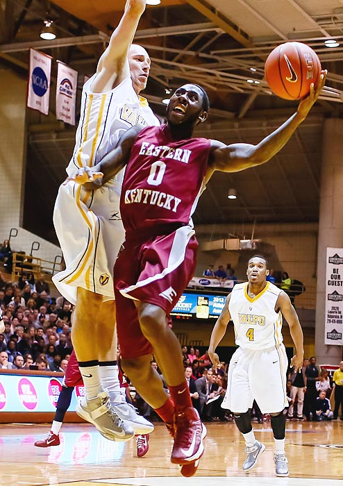 Leading Scorer: Glenn Cosey (18.7 ppg., pictured) Leading Rebounder: Eric Stutz (4.7 rpg.) Leading Passer: Glenn Cosey (4.2 apg.) Bad Losses: SIU-Edwardsville, Youngstown State Good Wins: Belmont (2x), @ Morehead State