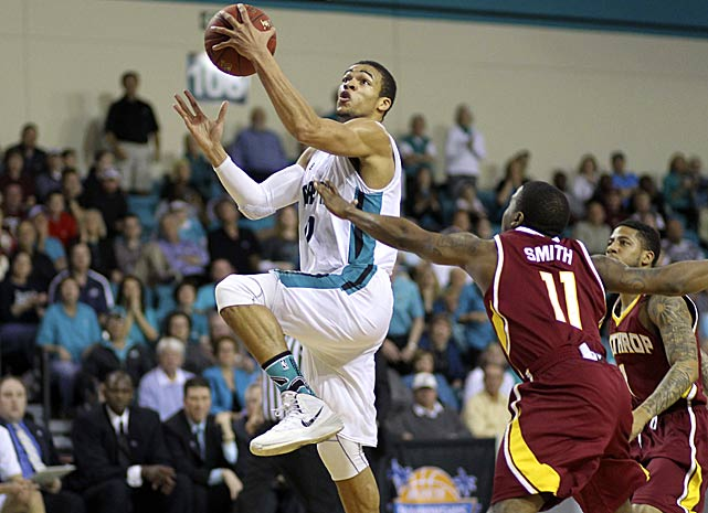 Leading Scorer: Elijah Wilson -- 16.2 ppg. Leading Rebounder: El Hadji Ndieguene (6.8 rpg.) Leading Passer: Warren Gillis (3.0 apg, pictured) Bad Losses: South Carolina State (twice), Charleston Southern Good Wins: Winthrop