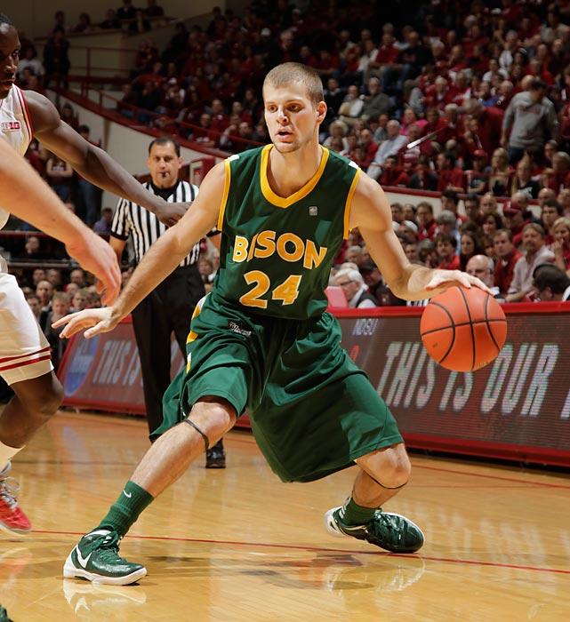 Leading Scorer: Taylor Braun (18.2 ppg., pictured) Leading Rebounder: Taylor Braun (5.5 rpg.) Leading Passer: Taylor Braun (3.9 apg.) Bad Losses: North Dakota Good Wins: Notre Dame, Bryant, Delaware