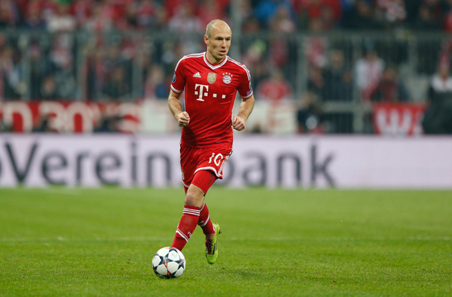 Arjen Robben has extended his stay with Bayern Munich through 2017.