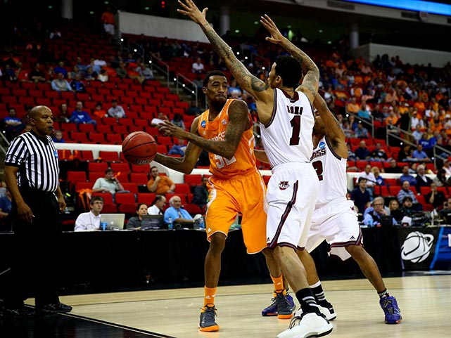 Jordan McRae and the Vols face Mercer next in a rematch of an NIT game won by Mercer at Tennessee last year.