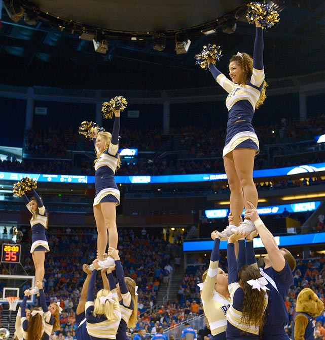 <bold><italics>Gallery: Midwest Region Cheerleaders</italics></bold> <bold><italics>Gallery: West Region Cheerleaders</italics></bold>