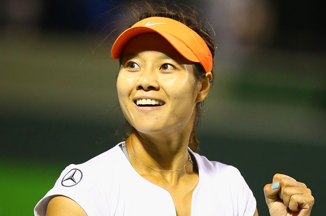 Li Na became the first Chinese woman to reach the Key Biscayne semifinals in her win over Caroline Wozniacki.