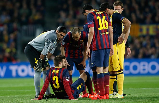 Gerard Pique was replaced in Barcelona's 1-1 draw with Atlético after falling awkwardly.
